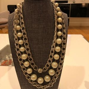 "Jewelry - Gorgeous Silver & Pearl 22"" Layered Necklace"